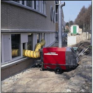 Chauffage au mazout avec cheminée IMA185