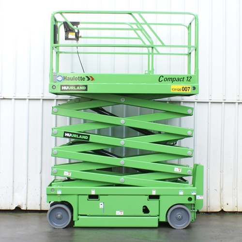 Foto Schaarlift electrisch 12m breed 300kg 004