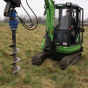 Hydraulische grondboor op kraan
