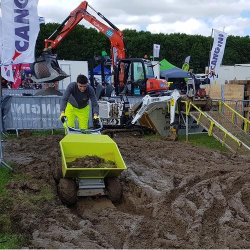 Motorkruiwagen 300 kg elektrisch foto 04 modder