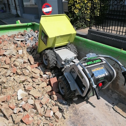 Motorkruiwagen 300 kg elektrisch foto 02 kipt in container
